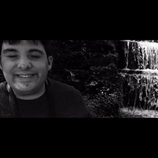 AUTISTE/ARTISTE: Je m'appelle Karim et je suis photographe